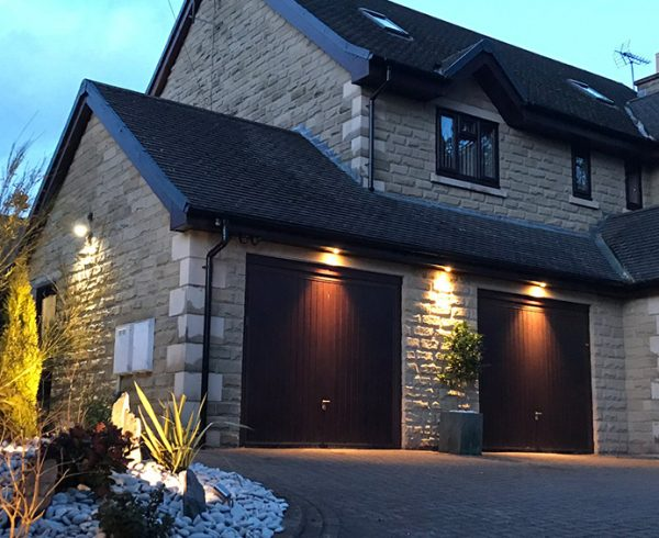 Outdoor-Lighting-and-Power-Sheffield
